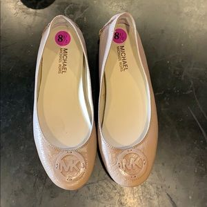 NEW LISTING! Michael Kors ballet flats